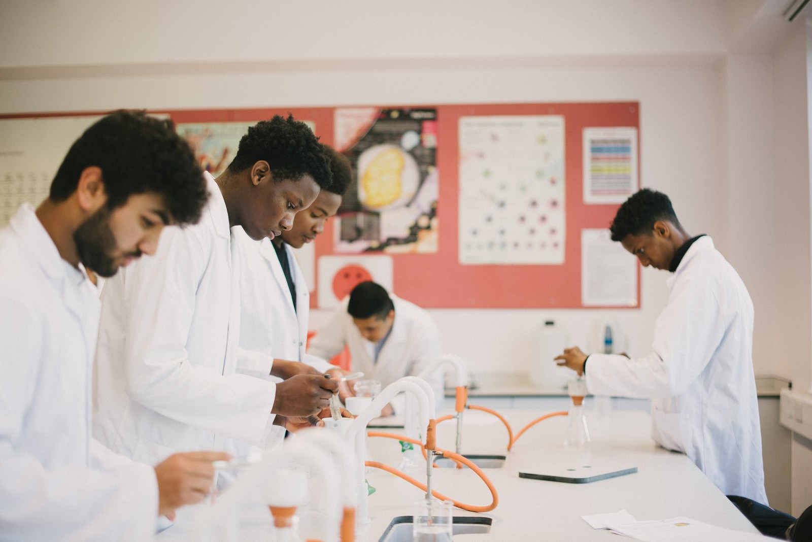 Applied Human Biology - BTEC Level 3 National Extended Certificate - 2 years (1 A Level)